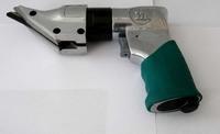 Ножницы пневматические (пистолетного типа) 2200 цикл/мин, 141,5 л/мин JONNESWAY